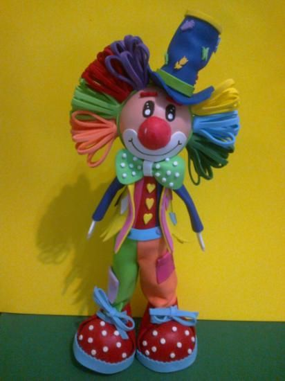 Payaso goma eva | Fofuchas lovers | Pinterest
