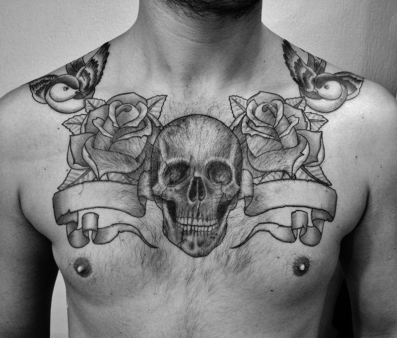 Torse Tete De Mort Tattoo By American Body Art Body Art