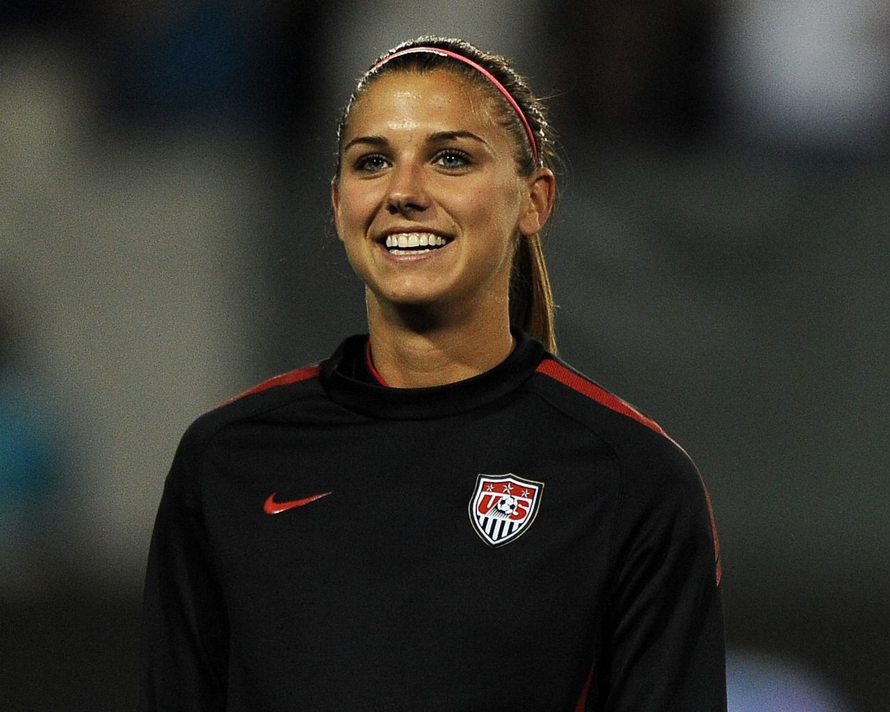 Alex Morgan The Gorgeous Star Of The Us Women S National Soccer Team Alex Morgan Is A Great Soccer Player K Usa Soccer Women Female Athletes Alex Morgan Hot