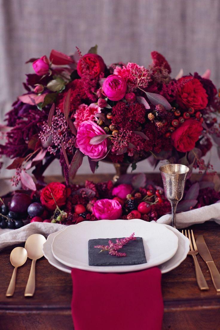 Prepara un San Valentín con el color del año: Marsala | Una mesa ...