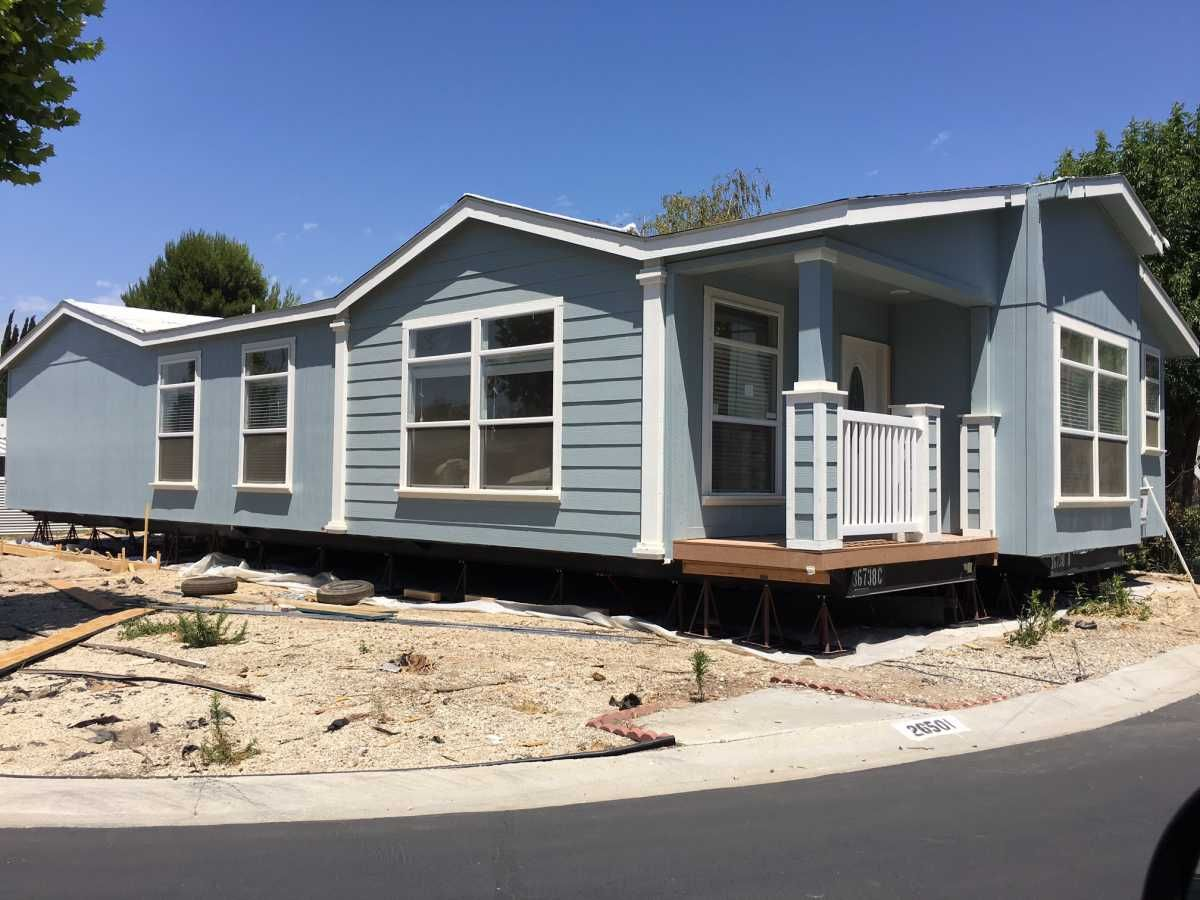 Majestic Homes 6612519949 Fleetwood Mobile Manufactured Home In Canyon Country Ca Via Mhvillage Com Mobile Homes For Sale Manufactured Home Ideal Home