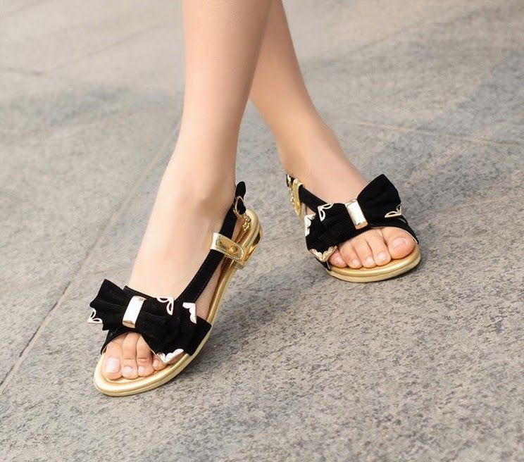 Summer Flat Footwear Sandals Designs 2018 are not only famous in Pakistan  but all over the globe. Summer Flat Footwear Sandals include impressive and  ...