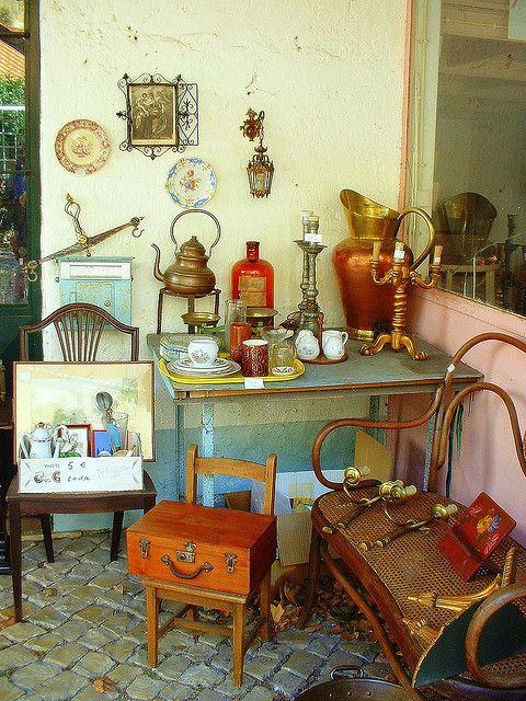 Antique shop - São Pedro - Sintra - Portugal