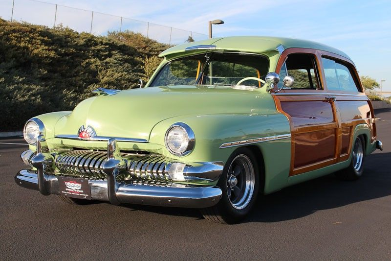 1951 Mercury M79 Woody Station Wagon Although It Featured An All Metal Roof Its Sides Still Consisted Of Wood Panels Woody Wagon Wagon Station Wagon