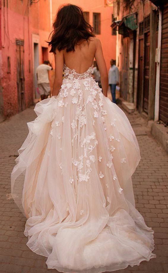 Poofy Wedding Dresses with Straps 2018