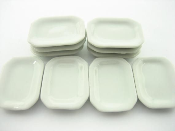 10 White Rectangle Plates Dollhouse Miniatures Ceramic Kitchenware