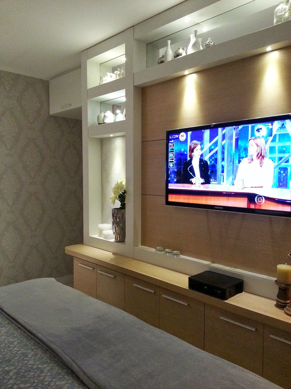 Arquitetura e interiores nichos en 2019 pinterest - Muebles para el televisor ...