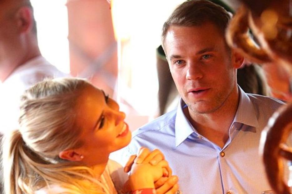 Manuel Neuer 5 Infos Uber Die Hochzeit Mit Nina Weiss Nina Weiss Nina Neuer Hochzeit