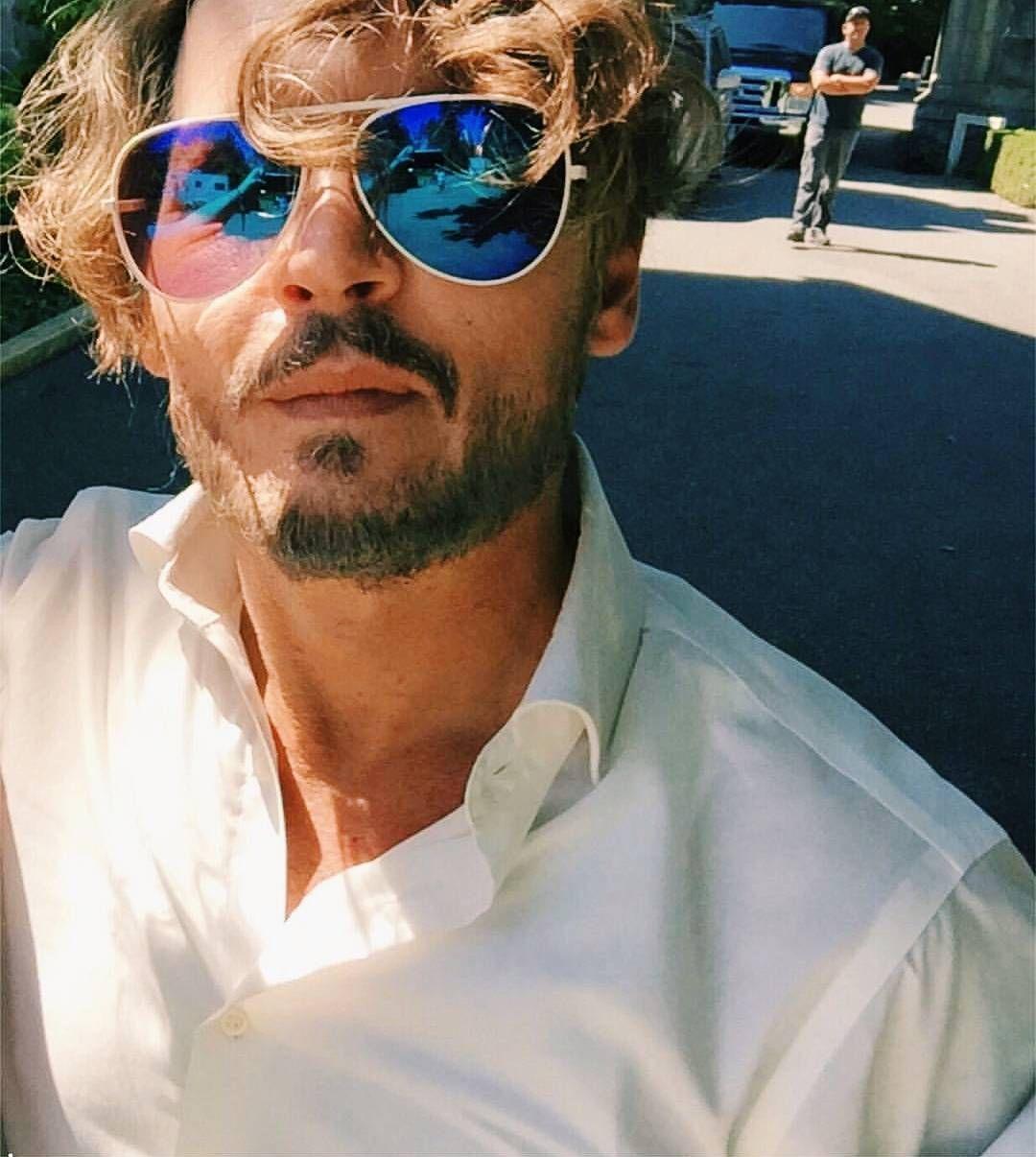"8,766 Beğenme, 72 Yorum - Instagram'da Johnny Depp (@johnnydepp_daily): ""god damn hes beautiful and i love that hair {#johnnydepp}"""