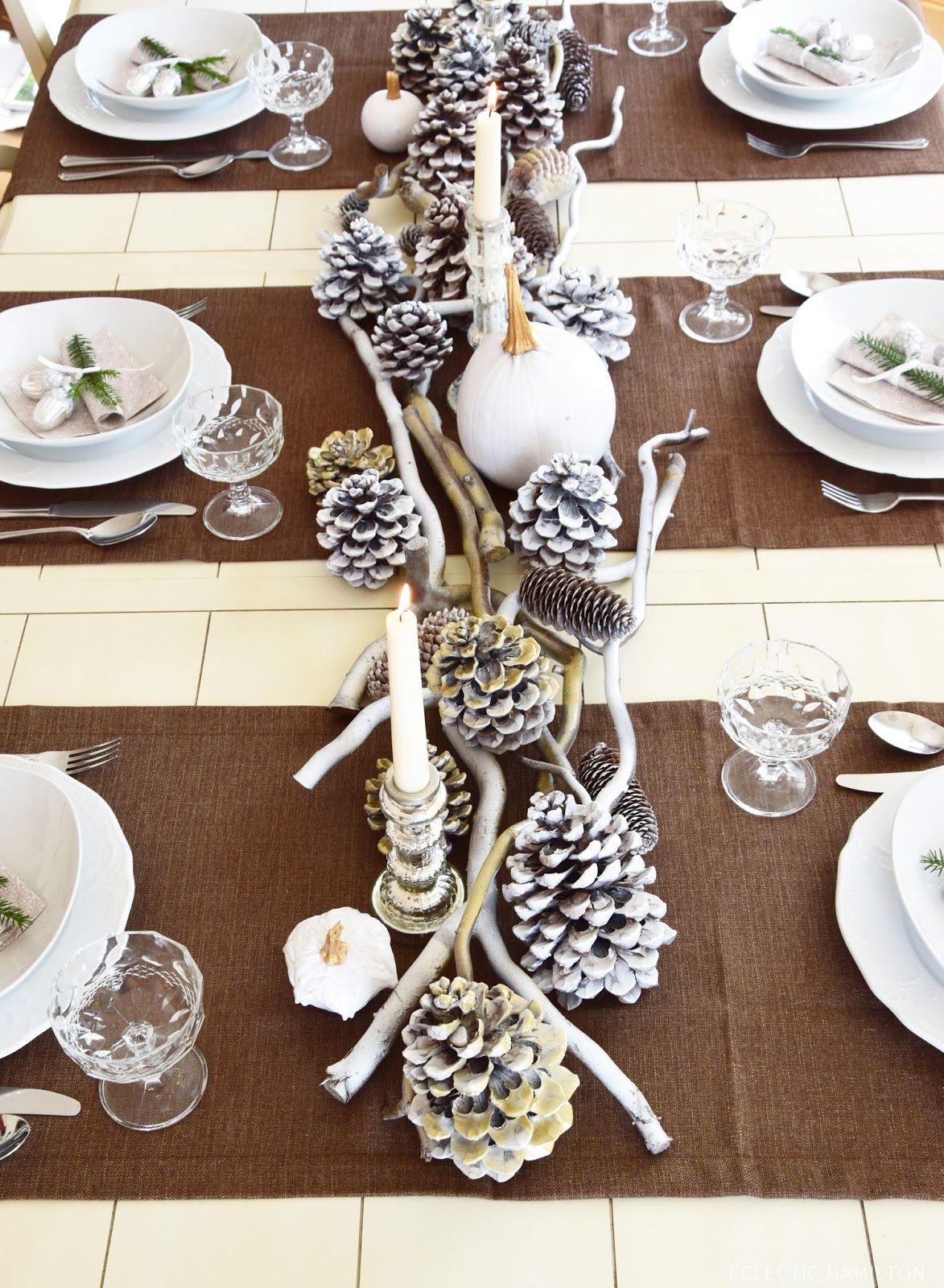 tischdeko f r winter und weihnachten mit natur dekoidee naturmaterialien k rbis zapfen ste. Black Bedroom Furniture Sets. Home Design Ideas