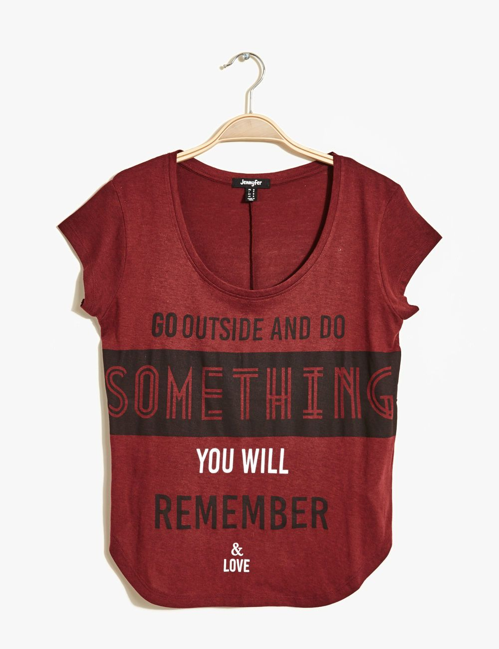 Tee shirt imprimé bordeaux femme • Jennyfer   Outfits   Pinterest ... 1823d8288a76