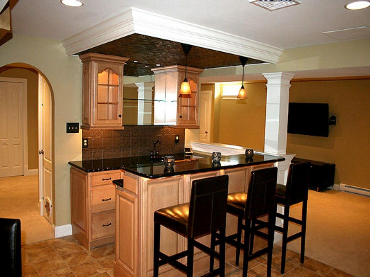 Wonderful 25 Small Kitchen Bar Design Ideas For Your Home In 2020 With Images Small Basement Kitchen Kitchen Bar Design Basement Bar Plans