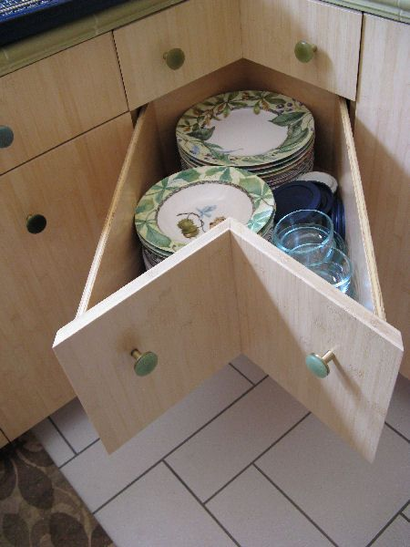 Genial Corner Cabinets/Dead Corners  Clever Ideas For That Annoying Corner Cabinet