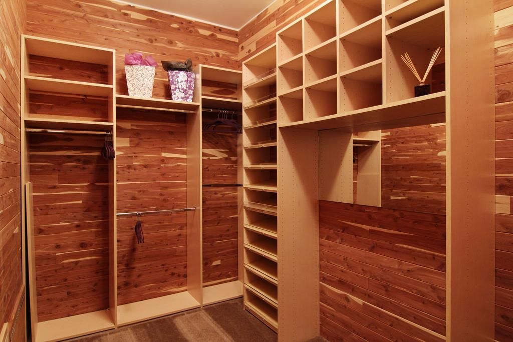 Cedar Closet on rustic walk in closet design ideas