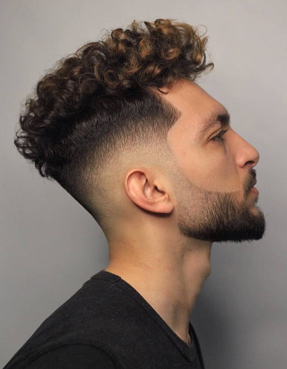 40 Modern Men S Hairstyles For Curly Hair That Will Change Your Look Mens Hairstyles Curly Curly Hair Men Men S Curly Hairstyles