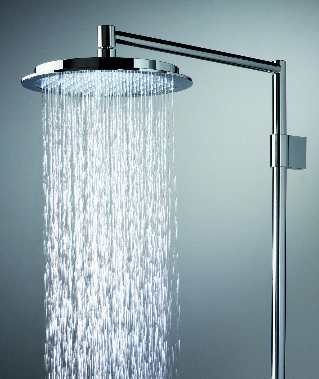 Oras Hydra -yläsuihkusetti käsisuihkulla. Yläsuihkusettiin kuuluvat seuraavat osat: yläsuihku (Ø 238 mm), suihkuputki, vaihdin, käsisuihku, käsisuihkun pidike, suihkuletku ja saippuateline. Käsisuihkussa on kaksi toimintoa:  normaali suihku ja Hydra-toiminto eli virkistävä, voimakas suihku.
