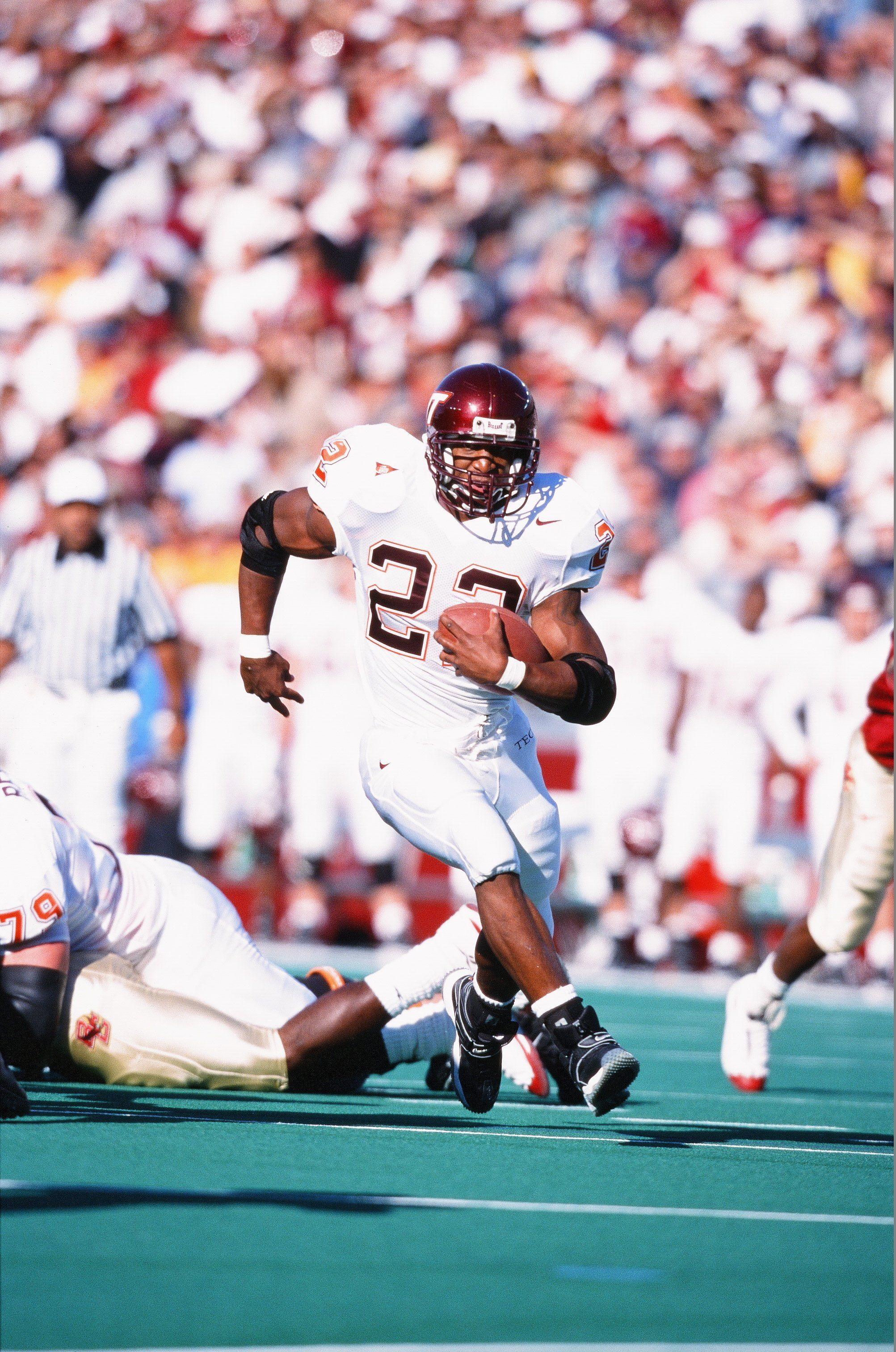 Virginia Tech Football 22 Days Til Kickoff With A Look