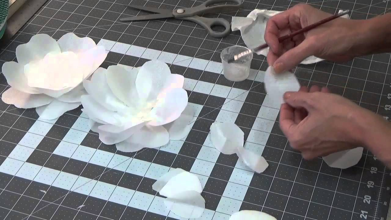 Simple Tutorial On How To Make A Wafer Paper Fantasy Flower Check