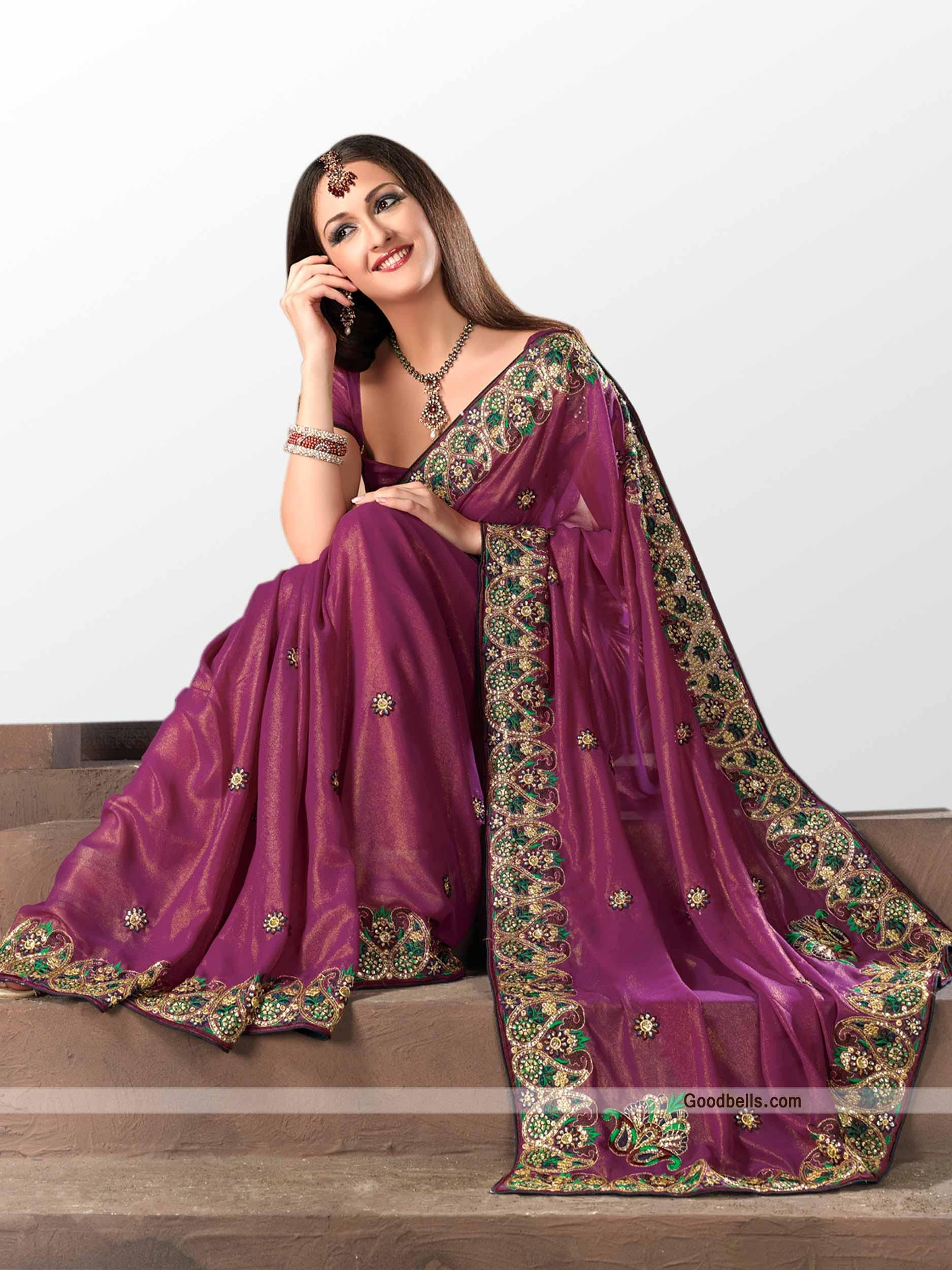 Get a pleasing look wearing this crushed saree. Contrasting black work on light base is enhancing its beauty. Designer border makes its party wear. It will look good for kitty as well as semi-formal parties. Buy this new saree from Goodbells.com: http://goodbells.com/saree/beautiful-purple-shade-saree-with-black-work.html?utm_source=pinterest_medium=link_campaign=pin10julyR10P220