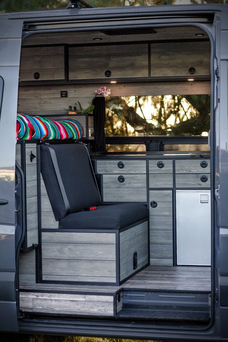 A Bench Seat Big Enough To Hold Two Car Seats Wohnmobil Umbau