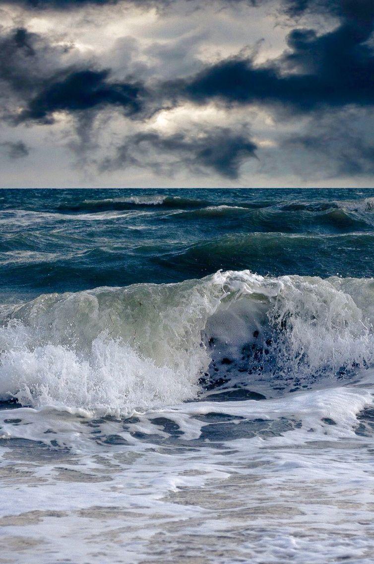 это шторм в океане картинка на телефон это, какие