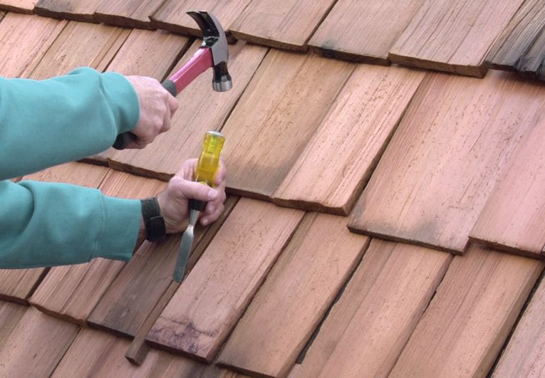 Best How To Repair Wood Shingle Roofing Wood Shingles Wood 400 x 300