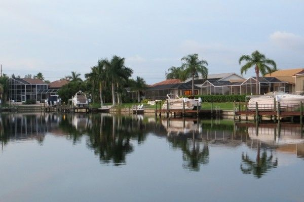 Southwest Florida Waterfront Homes For Sale Waterfront Homes For Sale Waterfront Homes Cape Coral Real Estate