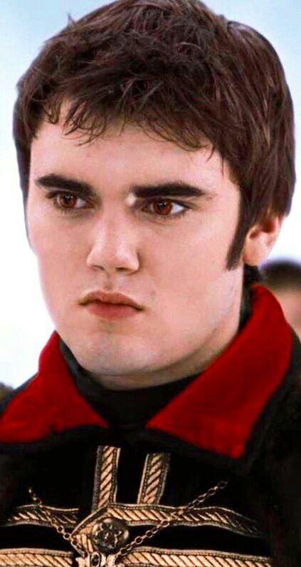 Alec volturi | Twilight movie, Twilight, Twilight saga