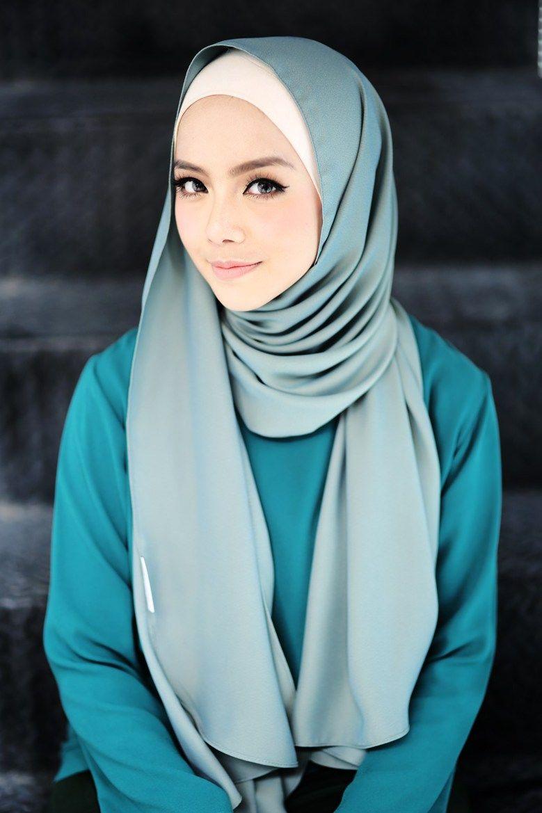 Image result for Mira Filzah | Hijab fashion, Girl hijab, Beautiful hijab