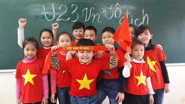 Áo cờ đỏ sao vàng trường tiểu học Đề Thám - Hình 5