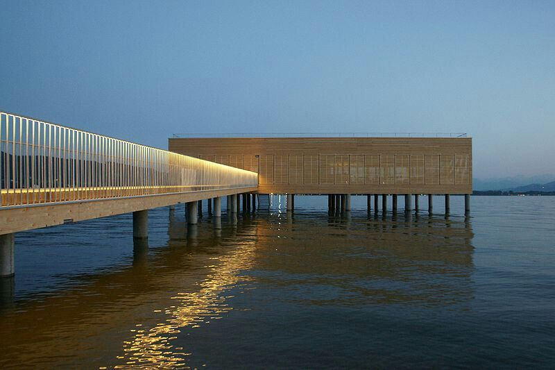 Seehotel badehaus vorarlberg architektur in holz hotel for Designhotel vorarlberg