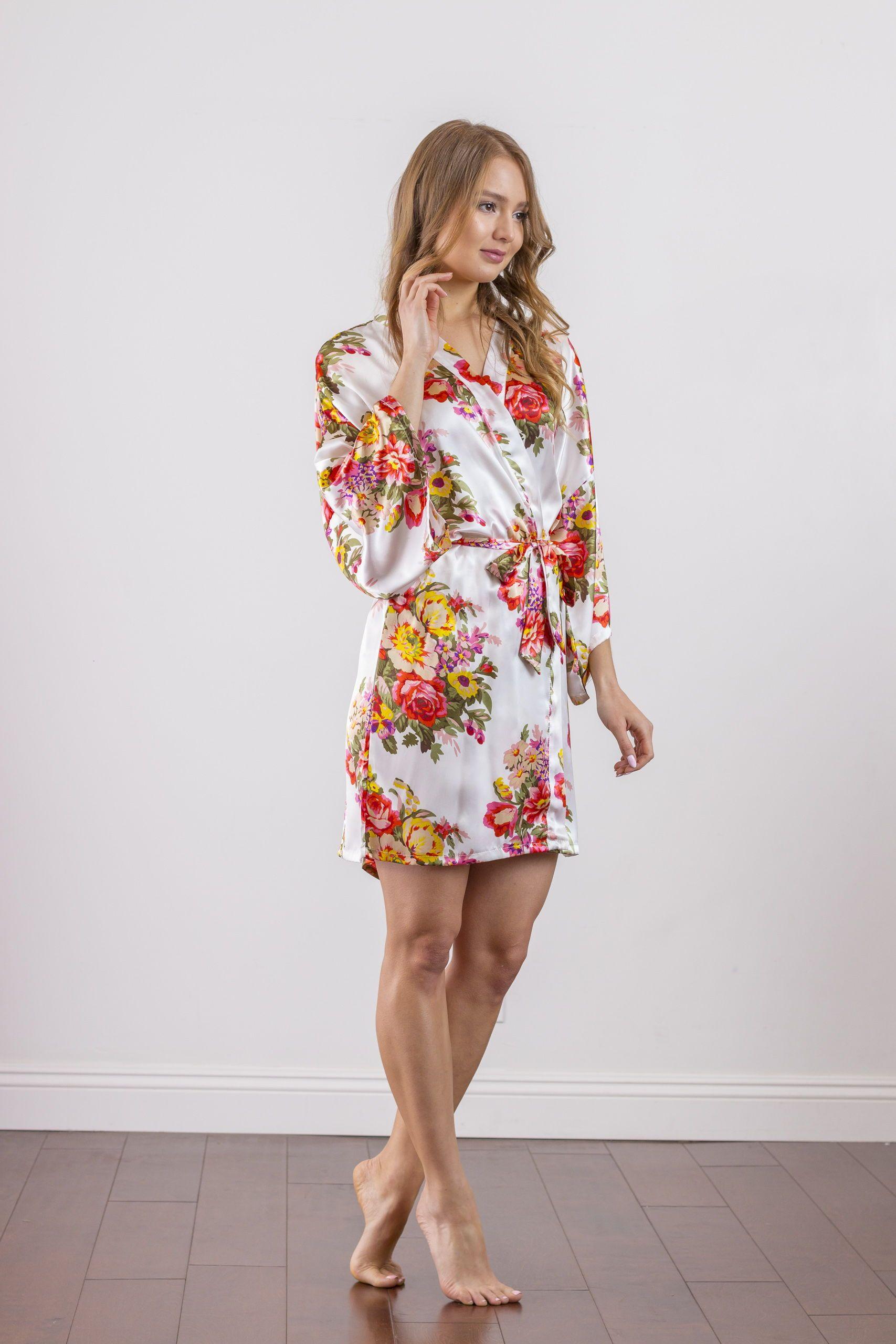 20.00 Sabrina Ivory Floral Bridesmaid Satin Robe  a582ff51e