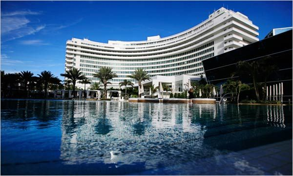 Beautiful Intracoastal Views From This Junior Suite For In The World Famous Fontainebleau Hotel Miami Beach Fl Call