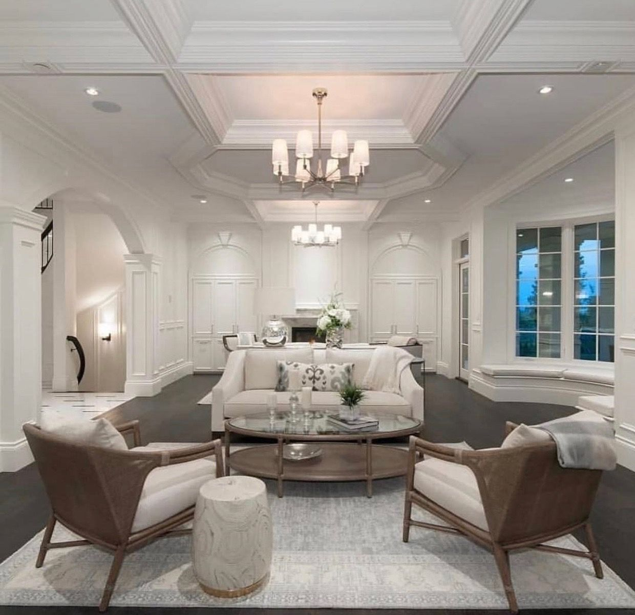 Pin by Dawn Davis on Living room | Mansions luxury, Real ...
