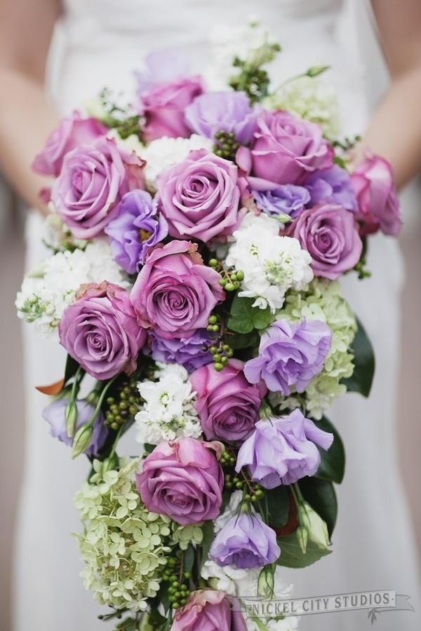 Pinning This For Those Lavender Colored Flowers What Are Those Purple Wedding Bouquets Flower Bouquet Wedding Lavender Wedding Flowers
