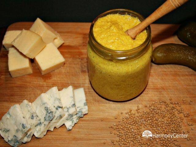 recept om mosterd zelf te maken. heel makkelijk met eenvoudige