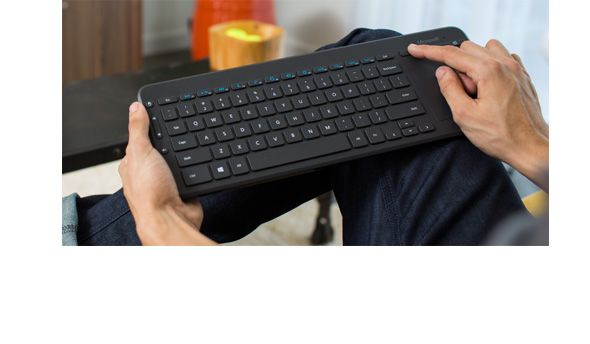 The Microsoft All In One Media Keyboard Just Right For Your Living Room Or Home Office Http Msft It 6016b2b24 Keyboard Microsoft All In One