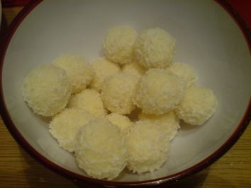 Photo of White rum balls – recipe with picture