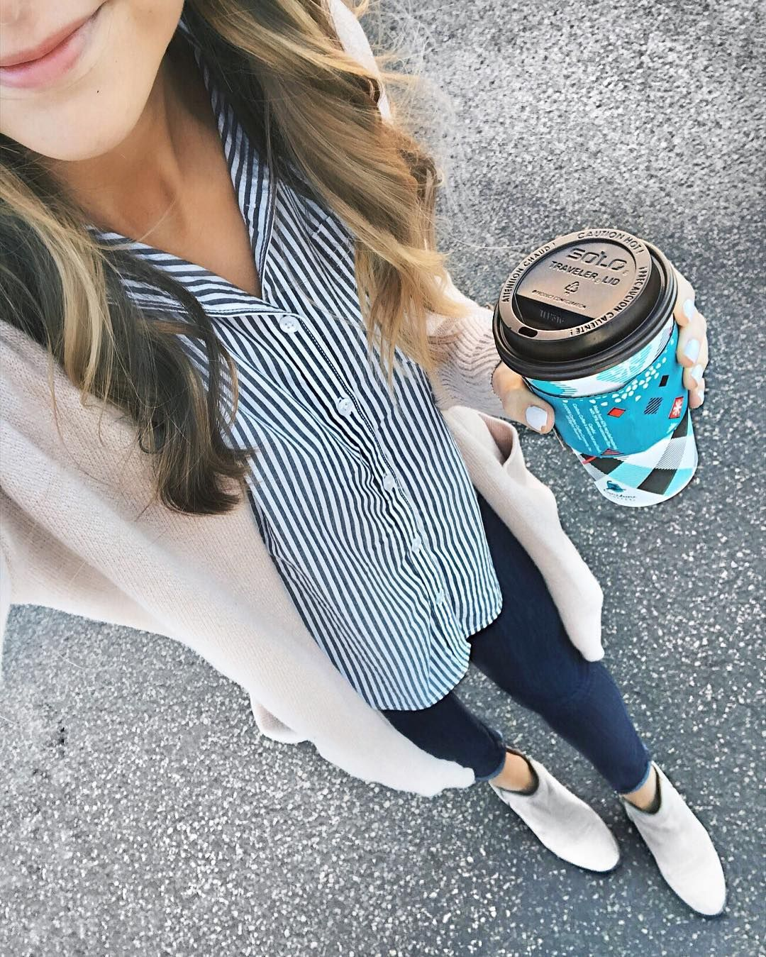 Can't believe Christmas is almost here!!  So excited! Haven't started wrapping presents yet though...  On another note Any of my other Midwest friends bummed they didn't bring back the Chile Mocha at @cariboucoffee this year?!  At least their almond milk lattes suffice!  || http://liketk.it/2pX4q @liketoknow.it #liketkit
