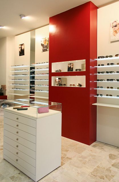 Optical store, photos (5/5) A project I made in ...