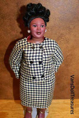 Fashion Dolls at Van's Doll Treasures: Dasia Shops at Ni'Chalets