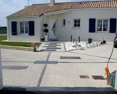 Beton Desactive Application Et Prix Paviart Specialiste Du Ciment Beton Desactive Amenagement Entree Maison Amenagement Jardin
