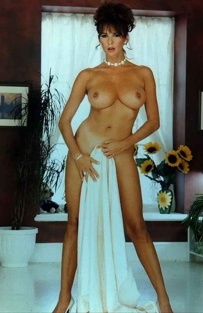 Can model donna ewin nude does not