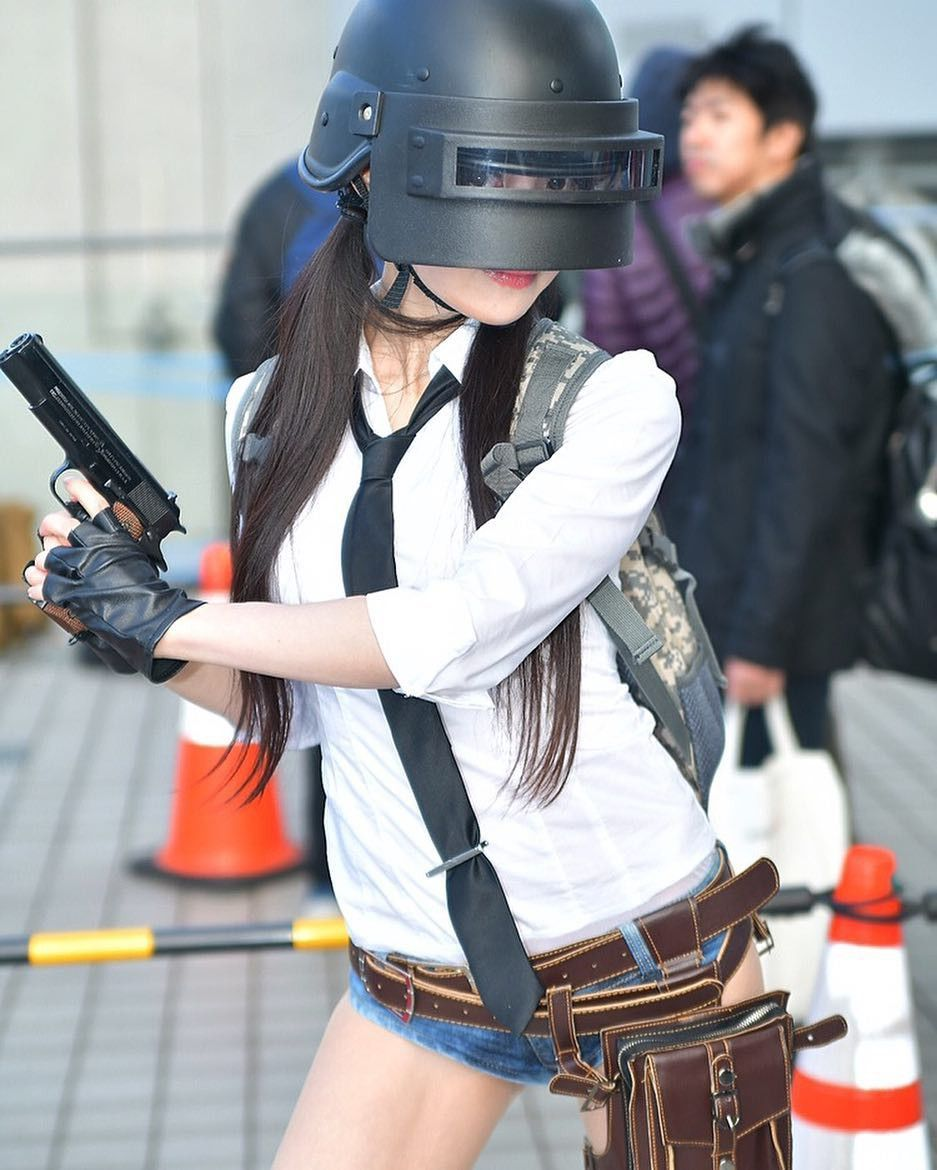 Pin By It S Akbar Saputra On Pubg With Images Girl Wallpaper