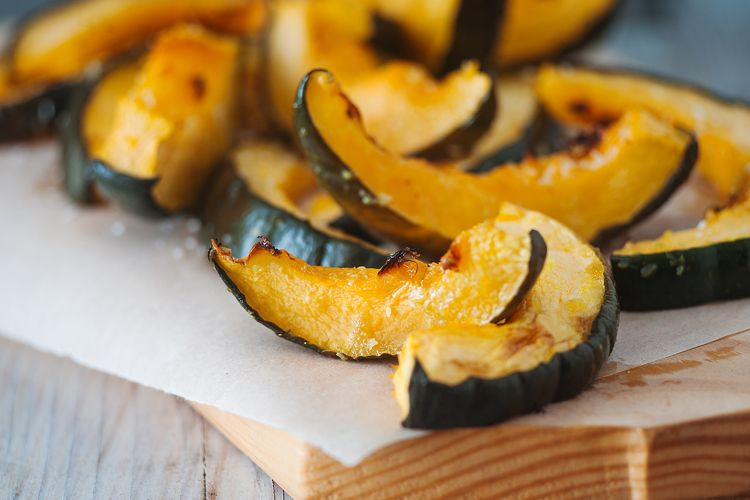 Coconut Roasted Acorn Squash Recipe Lunch Recipes Healthy