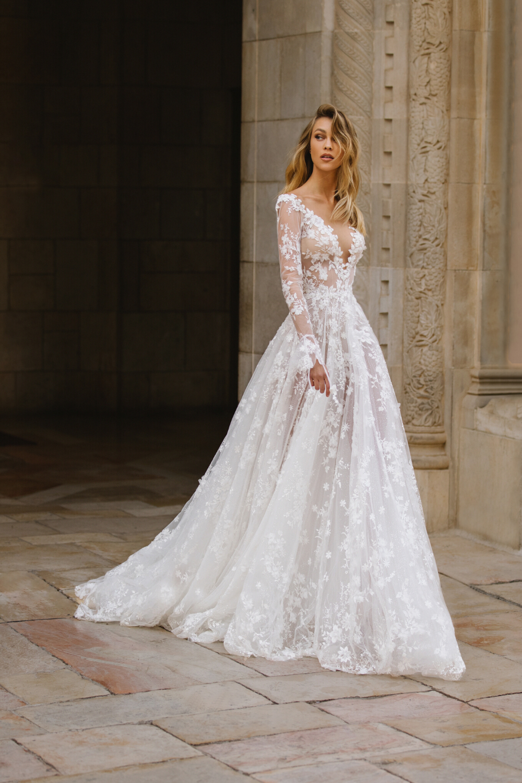 Galia Lahav Lace Fairytale Wedding Dress Dresses Emma Blog In 2020 Fairy Tale Wedding Dress Wedding Dresses Romantic Wedding Dresses Lace