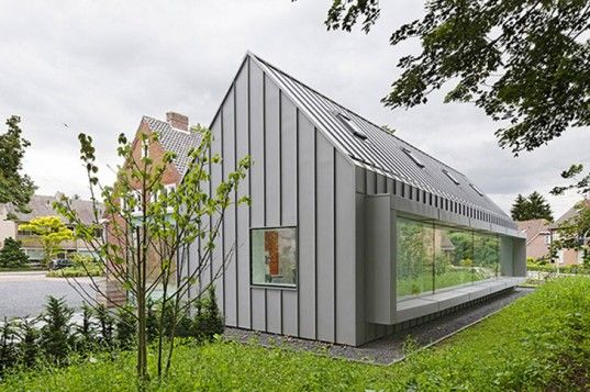 Shift Architecture Urbanism Transforms A 1930s Dutch Villa Into A Light Filled Modern Dental Clinic Architecture Modern Barn House House Cladding