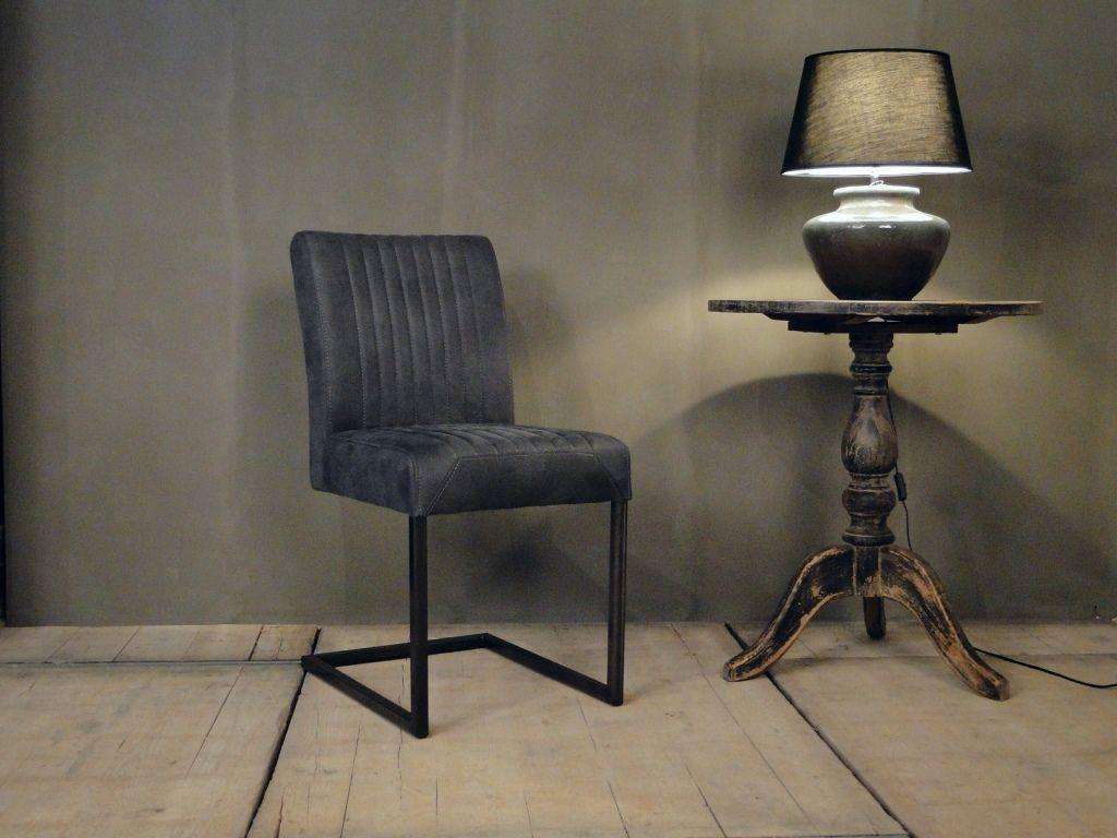Microvezel Stof Stoel : Luxe stoel met mooie microvezel stof en stalen poot huis