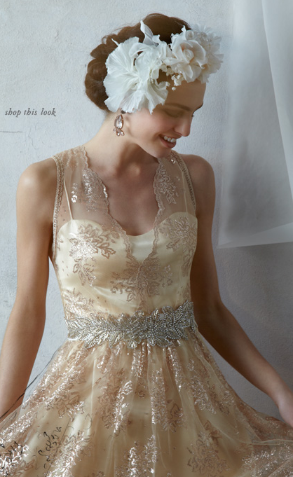 Dress lace gold floral