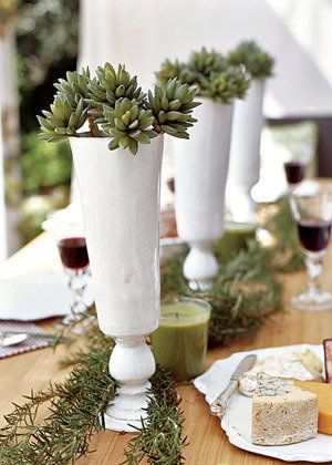 Love the look of the white and green. So simple yet unique and elegant.